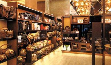 奢侈品品牌_多家奢侈品寄售店售假 涉嫌侵权30余万元