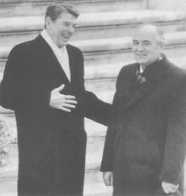 1985年9月19日农历|1985年11月19日 美苏在内瓦举行首脑会谈