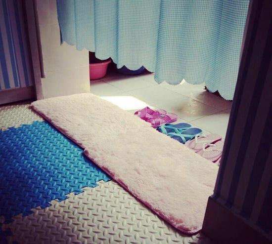 宿舍内景.-四川高校女生打造小清新宿舍 精致温馨