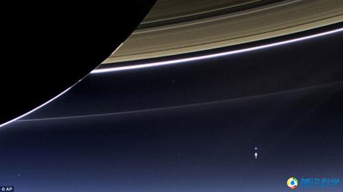 """[拼图软件]组图:从""""外星人""""的视角看到的地球"""