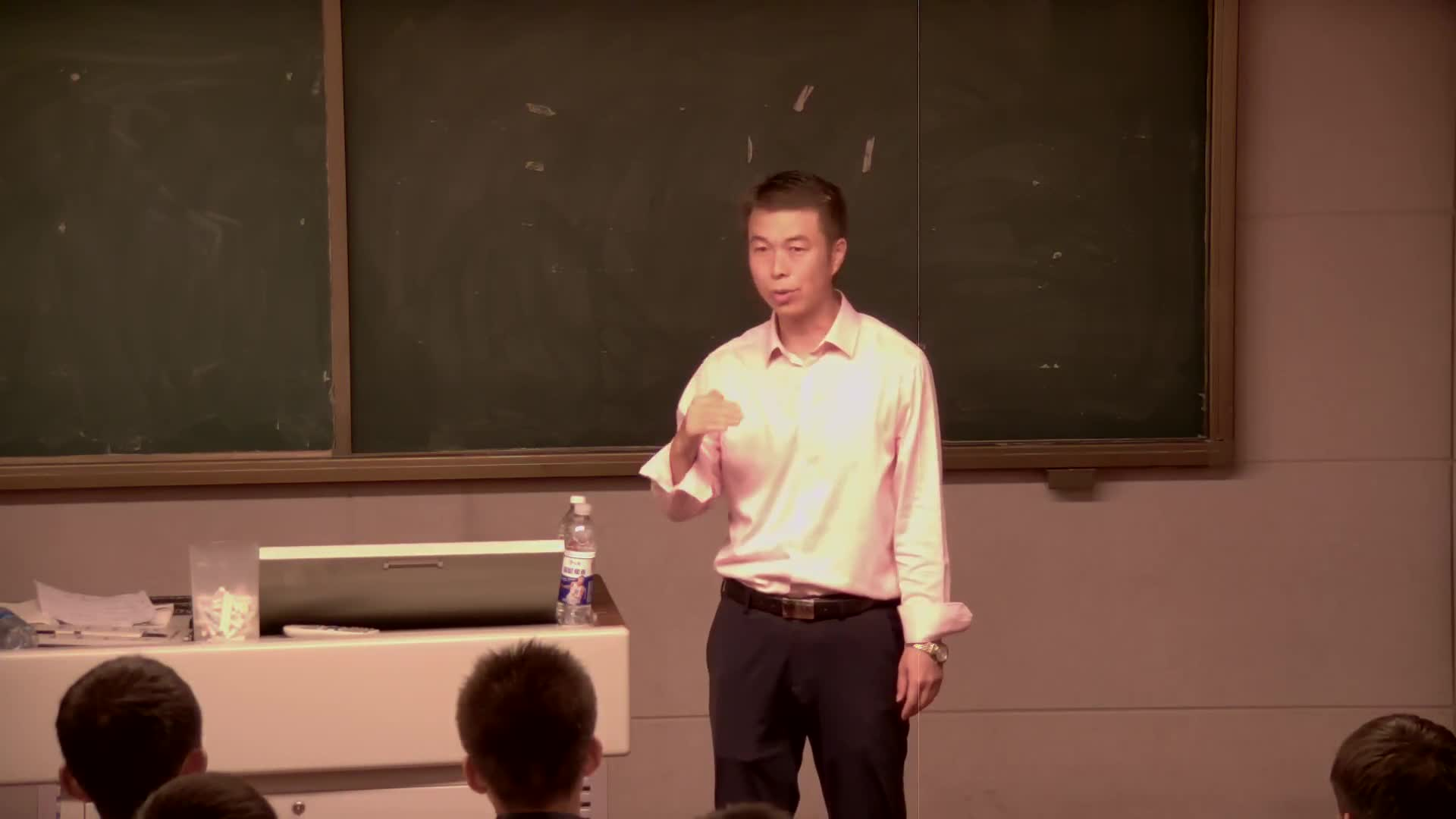 沪科版 物理 高一必修1第五章 研究力和运动的关系 第五节:超重与失重—冯军平
