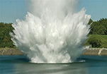 美国海港进行爆炸试验模拟核攻击