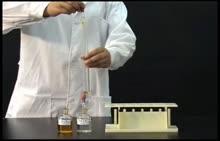 人教版高二化学选修三第二章第二节氯化铁与硫氰化钾溶液的反应演示实验