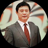 王占宝 广东省深圳中学校长
