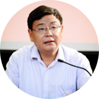 王伟 河南省新乡市第一中学校长