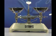 人教版 八年级物理上册:托盘天平-实验演示视频