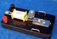 高中物理实验:使用打点计时器来测量瞬时速度