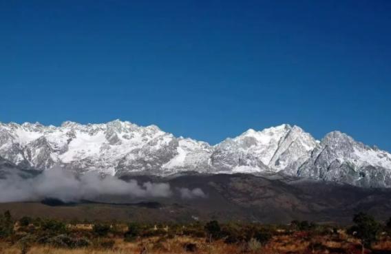 中国最漂亮的十座雪山