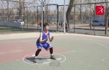 本套篮球视频精品教程是邀请了专业篮球运动员拍摄制作的一套实用性篮球教学课程。教程内容包含了篮球运动各项基础技术,并对各项篮球技术进行了细致清晰的解析和演示,学生可以通过视频教程学习到篮球的各项技术。 [来自e网通客户端]